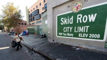 skid_row_wide-626ab3ccdc28d76c2849c468a02cfecc4be6d8dd-s40-c85